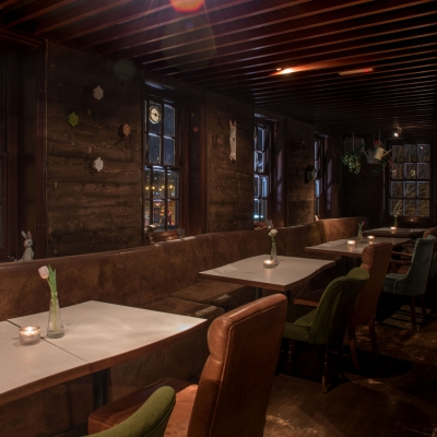 Clapham-North-Pub-Treehouse-private-hire-seating